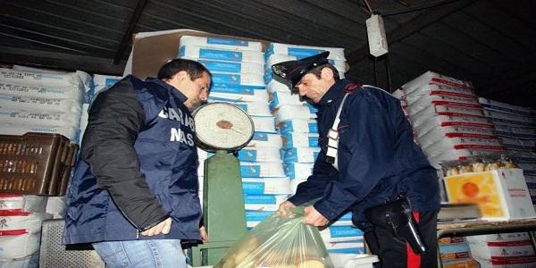 Napoli e provincia: imponenti controlli dei carabinieri contro la panificazione abusiva.