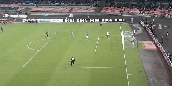 Napoli-Sassuolo 2-0: importante Ospina dopo il vantaggio di Ounas. Insigne chiude i giochi