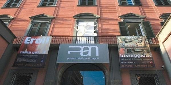 Napoli: al PAN la mostra di Massimo Troisi e de 'La Smorfia'