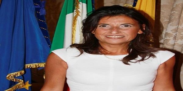 Napoli: Ass. Palmieri: Orgoglio e Solidarietà alla Scuola De Amicis