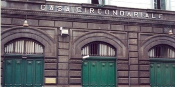 Napoli: i CC arrestano un uomo. Dovrà scontare 1 anno e 10 mesi di reclusione