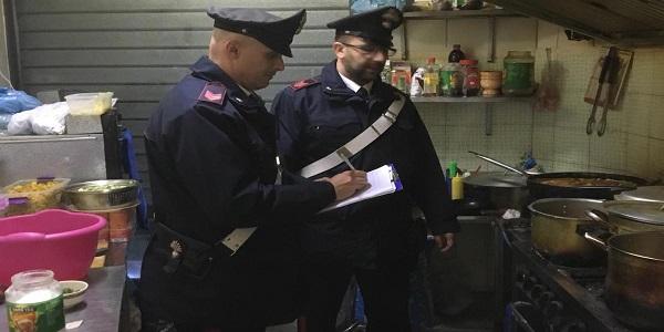 Casandrino: I CC sequestrano una paninoteca e denunciano il titolare
