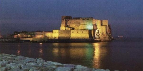 Napoli: venerdì 12 luglio 'Mandolini sotto le Stelle' e fuochi pirotecnici a Castel dell'Ovo