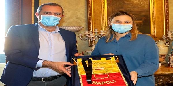 Napoli: de Magistris incontra la Console argentina a Roma