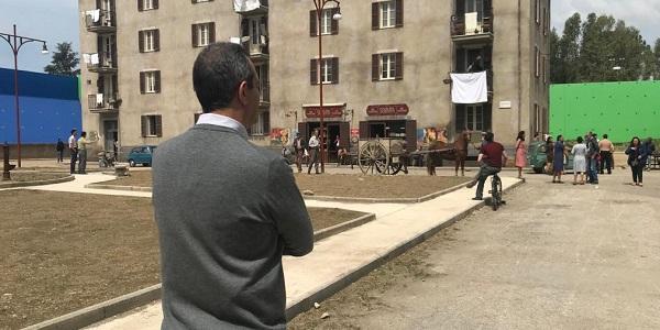 Napoli: il Sindaco de Magistris sul set della serie 'L'amica geniale'