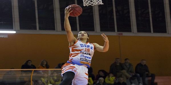 Basket femminile: la Dike Napoli stecca nel finale, Lucca ringrazia e vince