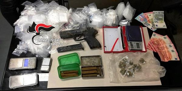 Monteruscello: arrestati tre uomini. I carabinieri sequestrano droga e una pistola a salve