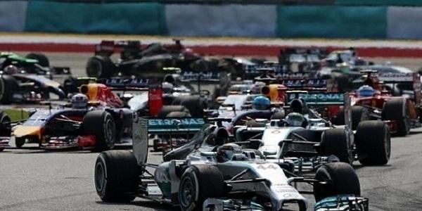 Gp Portogallo: Hamilton vince e sorpassa Schumacher, il settimo titolo è a portata di mano
