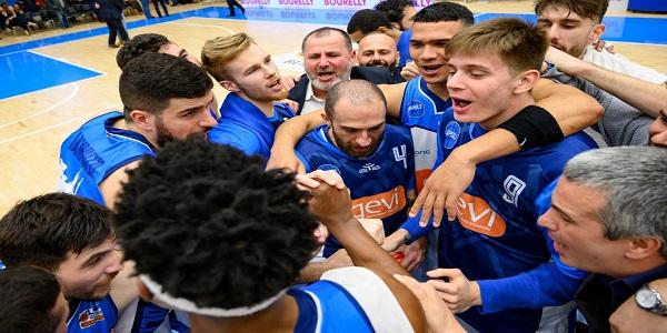 Basket: La Gevi Napoli cala il poker. Battuta anche Biella 74-60