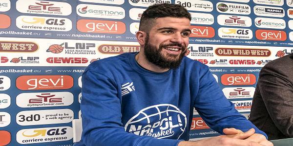 Basket, la Gevi Napoli presenta Iannuzzi: Qui per arrivare più in alto possibile
