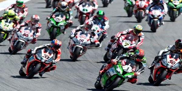 Superbike a Misano: Bautista sbaglia ancora e Rea riapre il mondiale