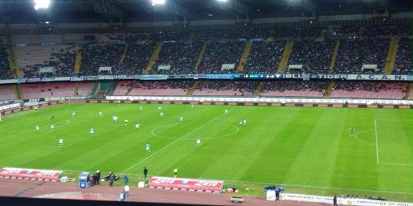 Al San Paolo, Napoli-Atalanta 2-2 con polemica arbitrale. A rischio il quarto posto
