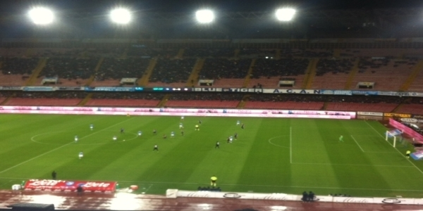 Verona - Napoli 0-2: tornano al gol Milik e Lozano