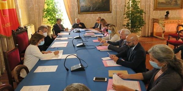 Napoli: la Giunta Comunale rinnova il contratto di 142 agenti della Municipale