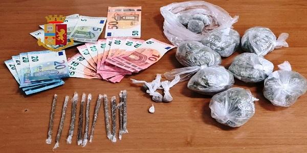 Napoli: scambio droga - soldi, interviene la polizia e arresta lo spacciatore